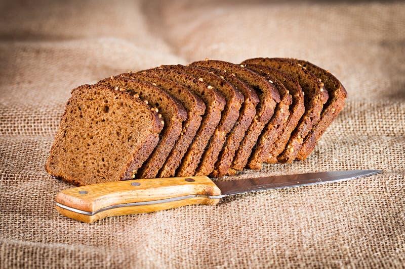 Download нож хлеба стоковое фото. изображение насчитывающей brougham - 40591338