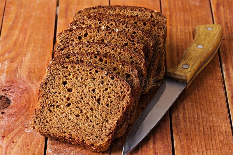 Download нож хлеба стоковое фото. изображение насчитывающей здорово - 40591782