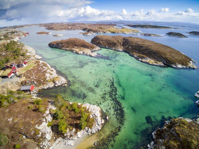 Норвежские фьорд и побережье, вид с воздуха стоковое изображение rf