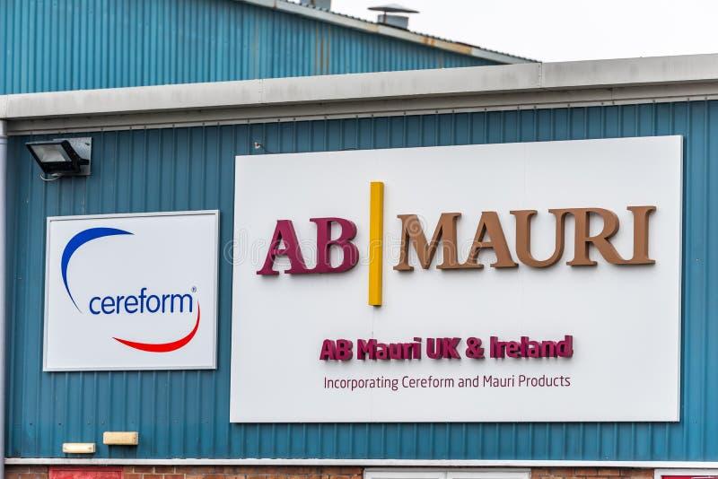 Нортгемптон Великобритания 11-ое января 2018: Логотип поставщика и Cereform ингридиентов хлебопекарни AB Mauri подписывает экстер стоковое изображение rf