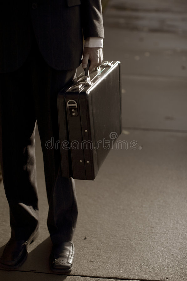 носить бизнесмена портфеля стоковое фото rf