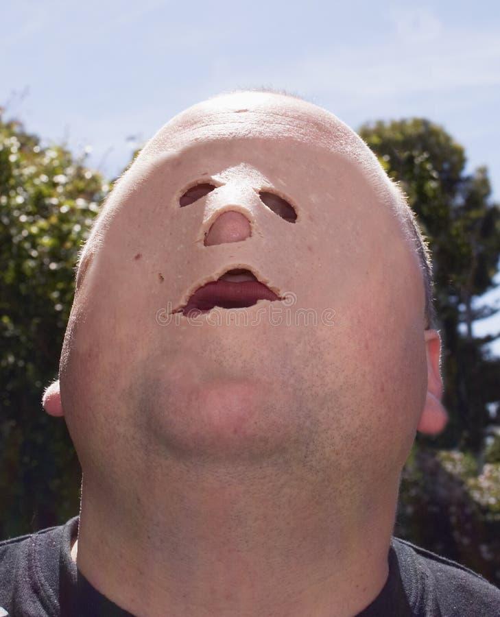 носить маски человека стоковое фото rf