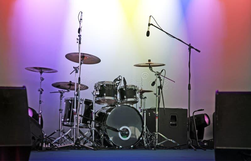 нот аппаратуры барабанчиков стоковая фотография