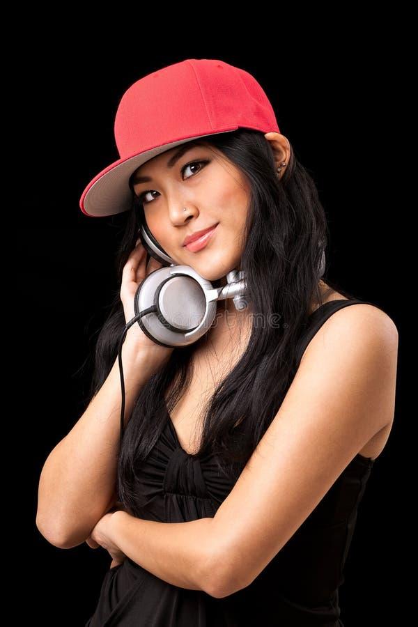нот dj женское слушая к стоковая фотография rf