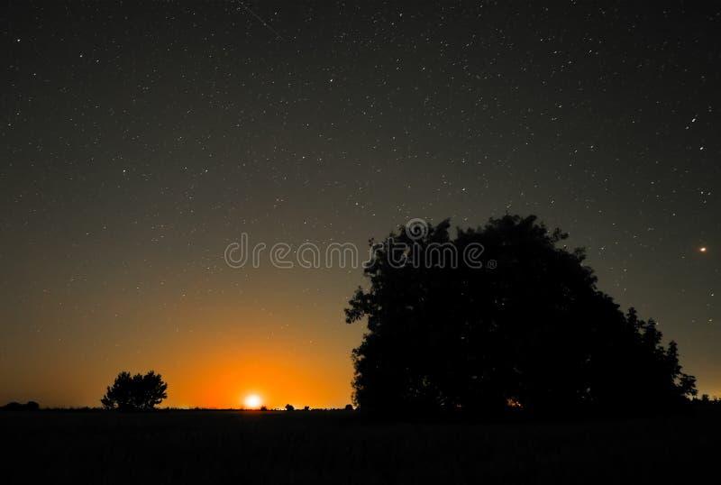 Ноча в сельской местности стоковое фото rf