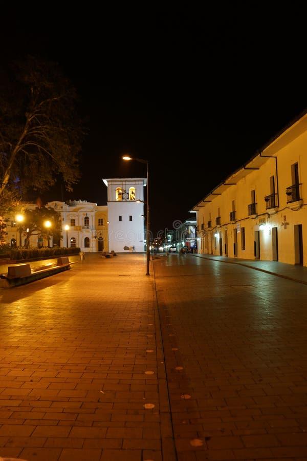Ноча в Popayan Колумбии стоковая фотография