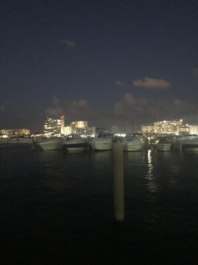 ноча гавани стоковые изображения