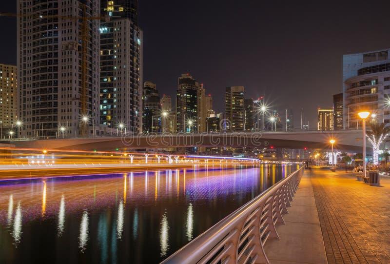 ноча Дубай стоковое изображение rf