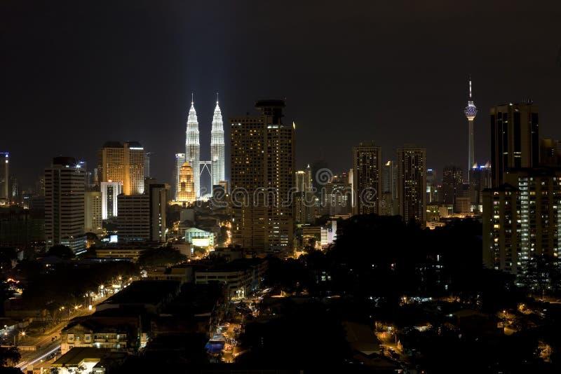 ноча зданий стоковая фотография rf
