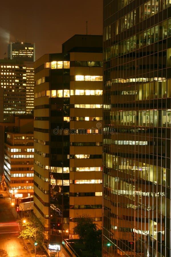 ноча здания стоковые изображения rf