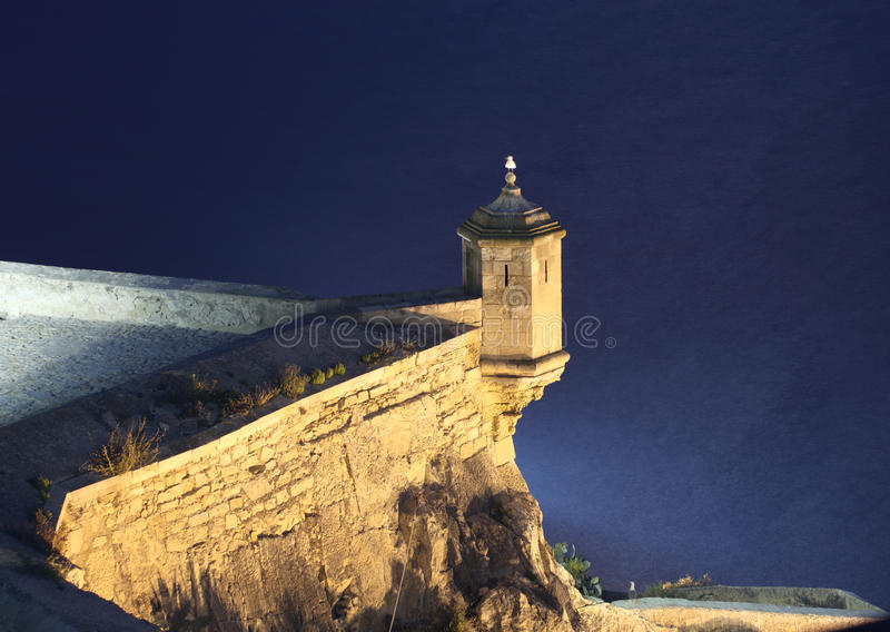 ноча Испания замока alicante стоковые фото