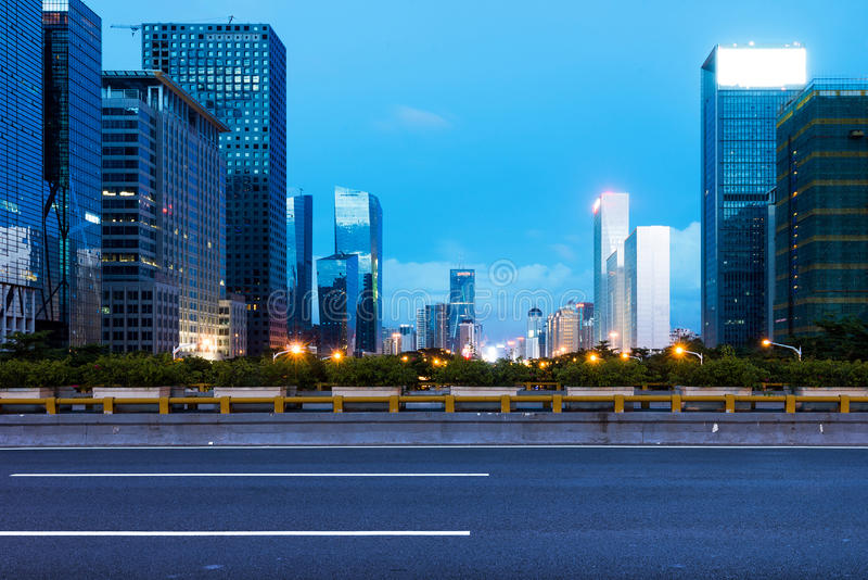 Ноча Китая Шэньчжэня стоковая фотография rf