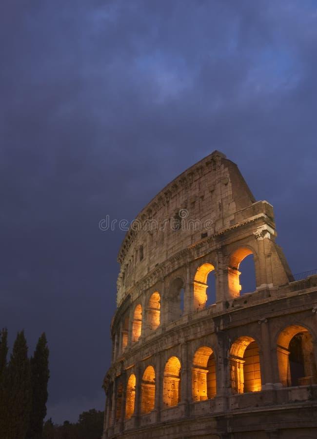 ноча Колизея стоковое фото rf