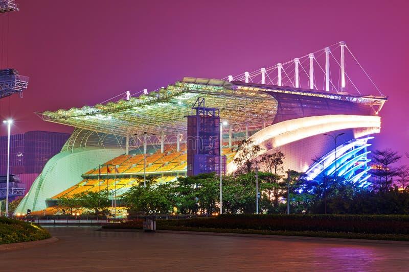 Ноча места на открытой трибуне квадрата Huacheng стоковое фото rf
