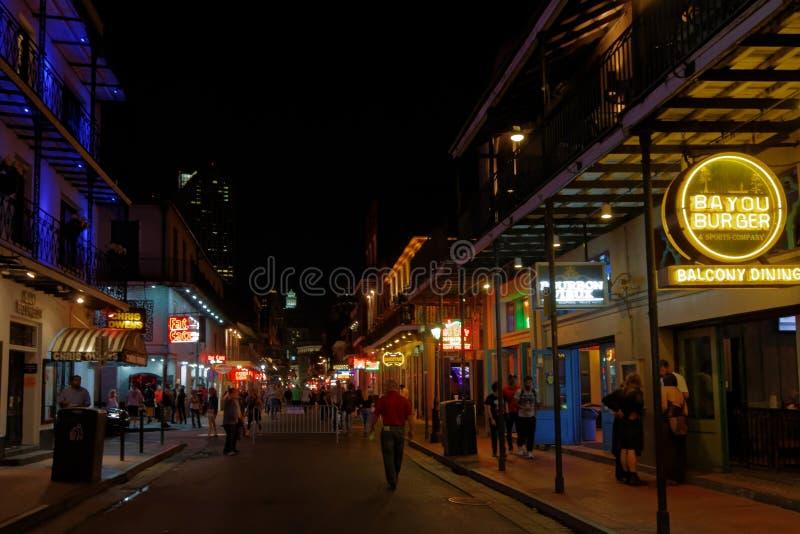 Ноча на улице Бурбона стоковая фотография
