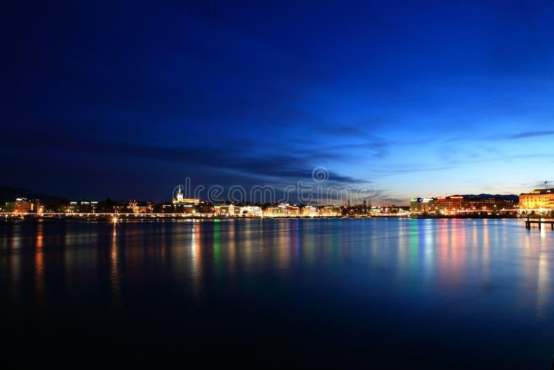 ноча озера стоковые изображения rf