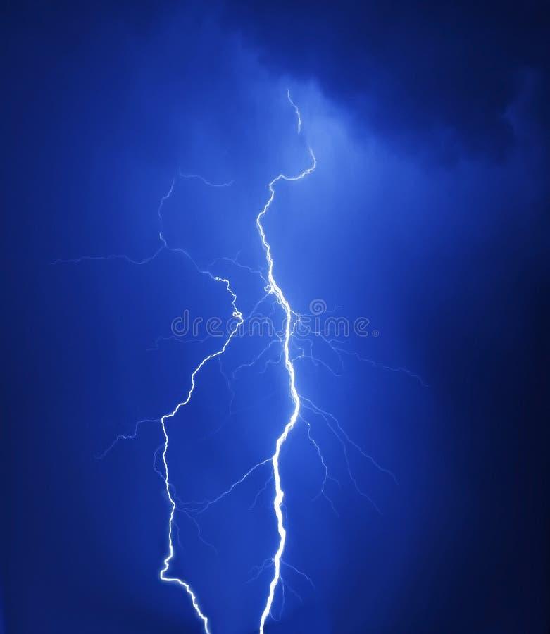 ноча освещения бурная стоковое фото rf