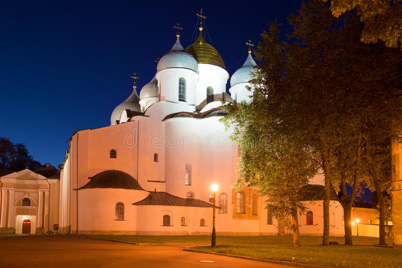 Ноча осени на соборе St Sophia novgorod Россия veliky стоковое изображение
