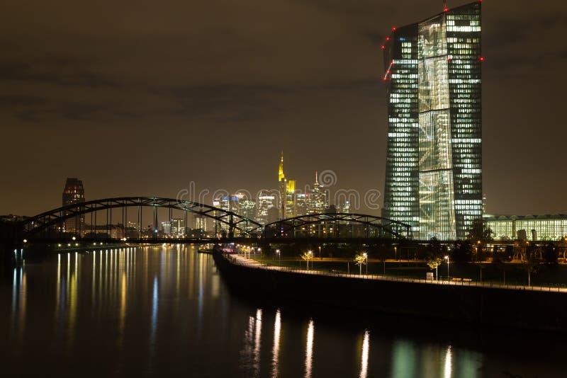 ноча основы frankfurt стоковое изображение rf