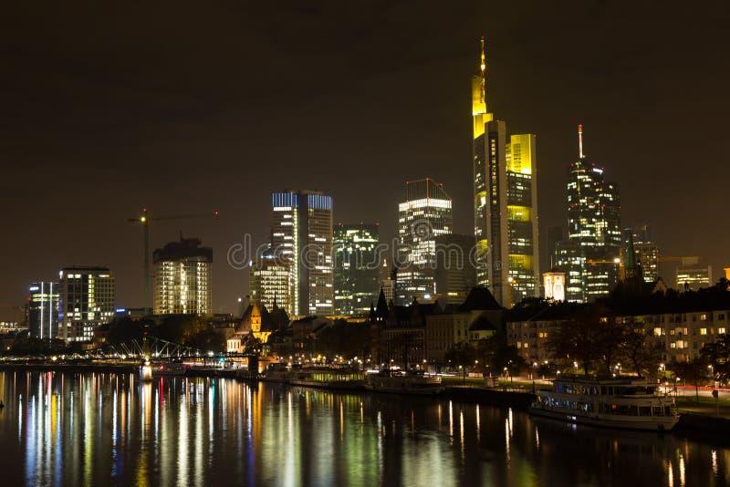 ноча основы frankfurt стоковые изображения