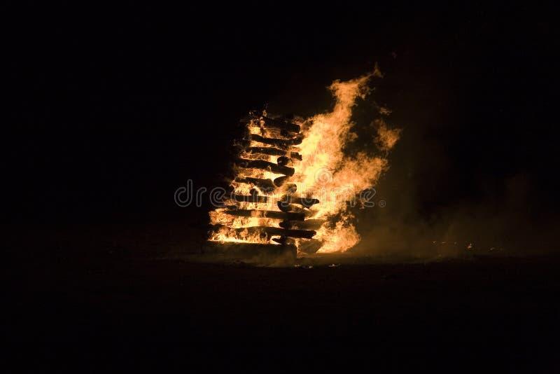 ноча пожара стоковое фото rf