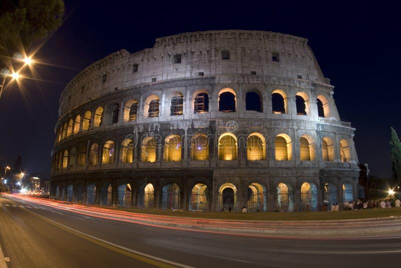 ноча сумрака colosseum стоковое изображение