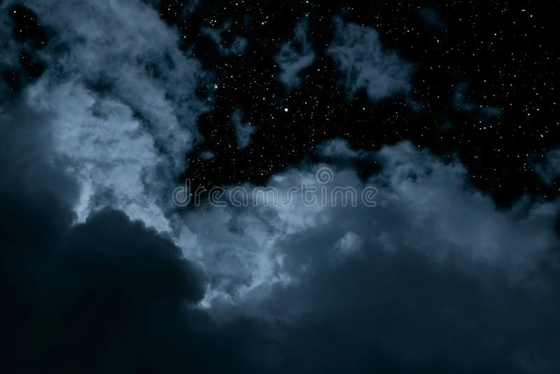 Ноча Cloydy иллюстрация штока