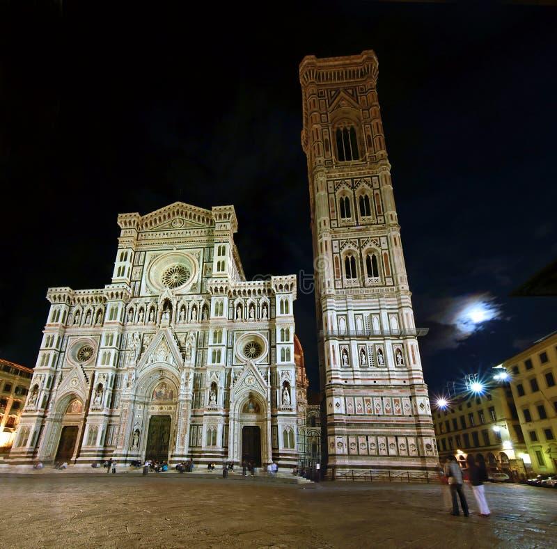 ноча florence собора стоковое фото rf