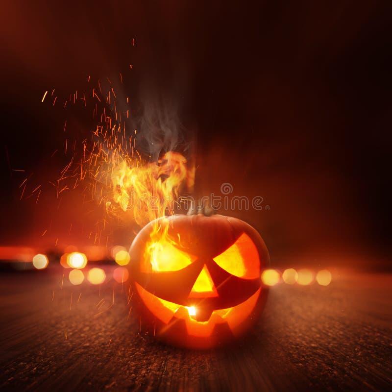 ноча halloween пугающая стоковое изображение