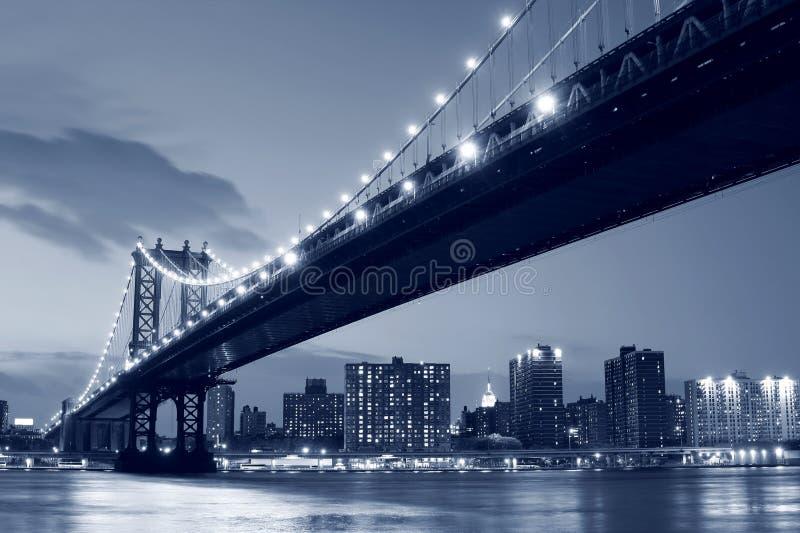 ноча york manhattan города моста новая стоковые фото