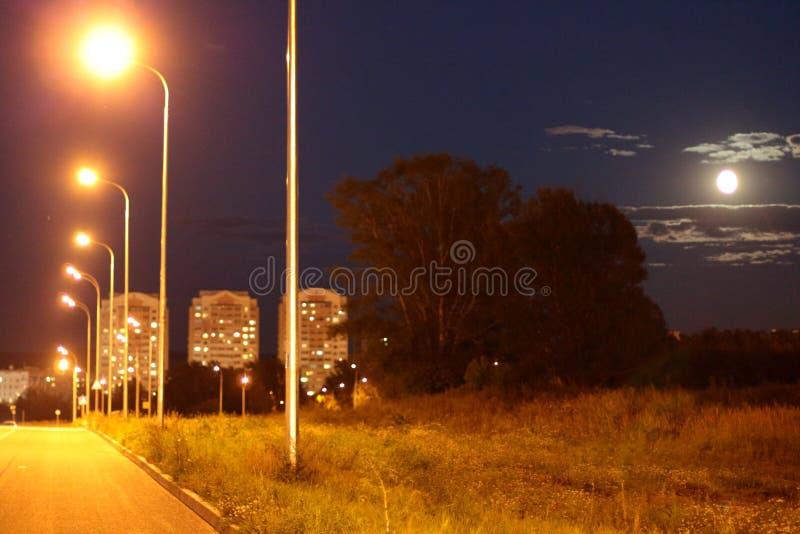 ночи latvia города рождества сказ fairy захолустный скоро подобный к стоковая фотография