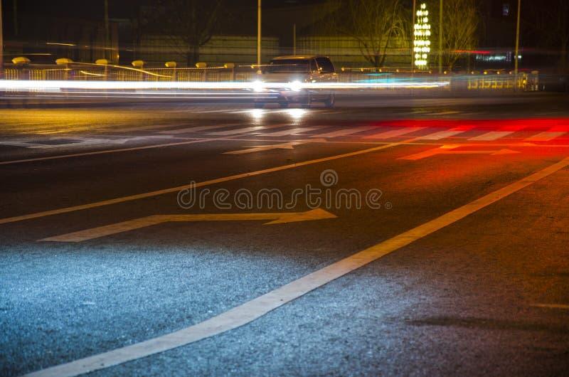 Ночная дорога стоковая фотография rf
