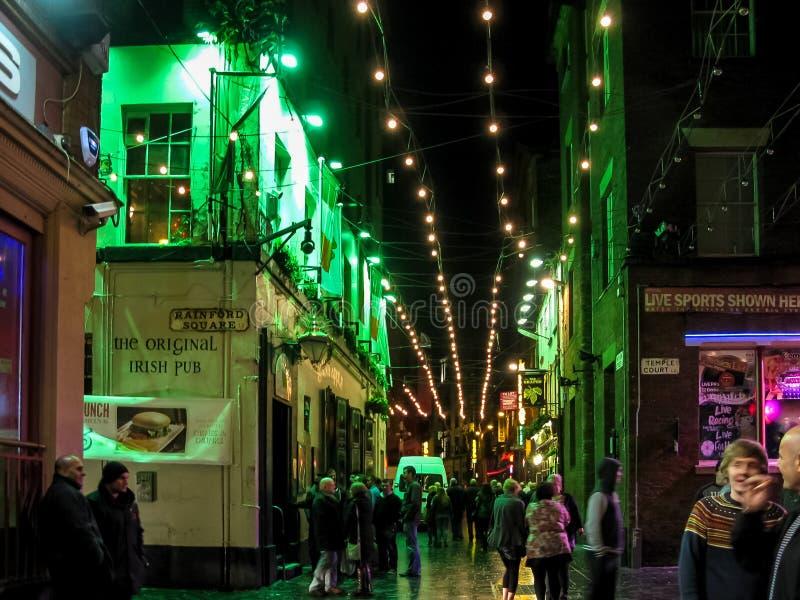 Ночная жизнь в Ливерпуле стоковые фото