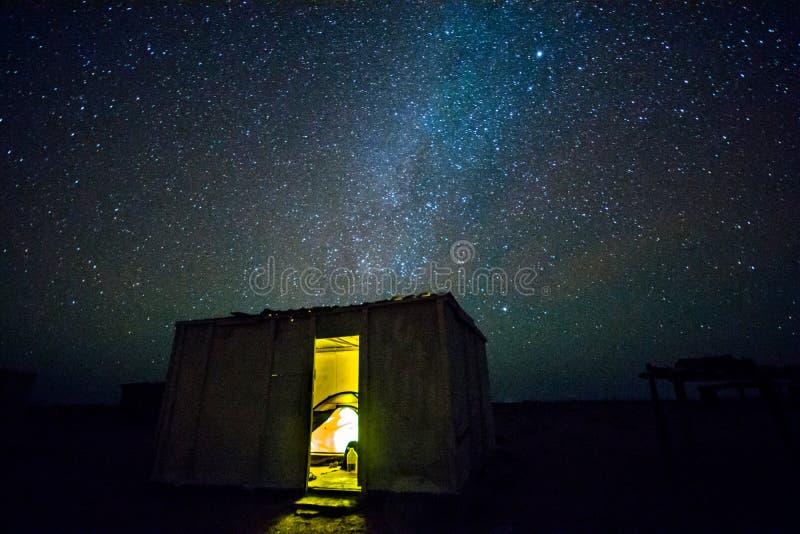 Ночное небо в Омане стоковая фотография
