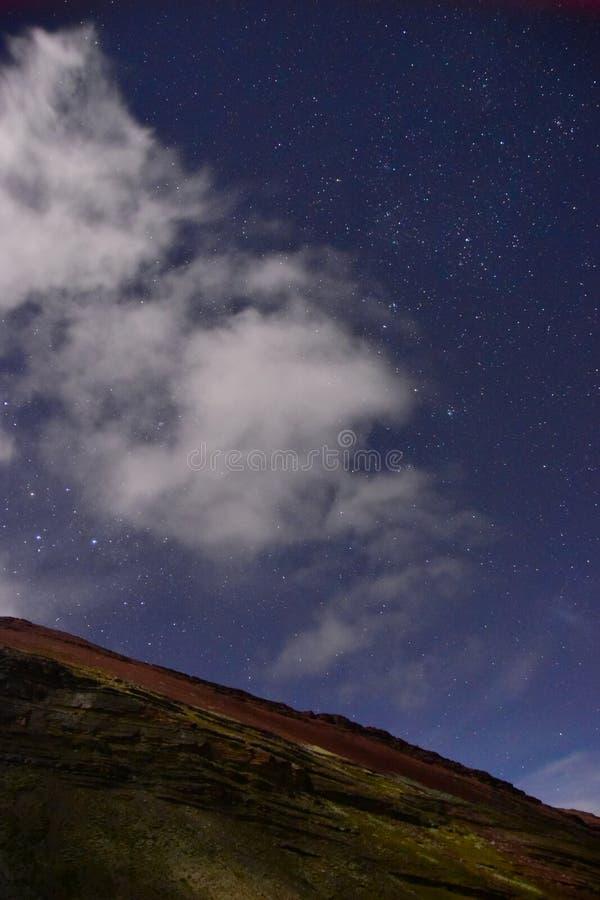 ночное небо молнии иллюстрации абстракции стоковое изображение