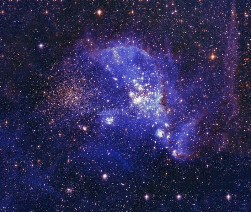 Ночное небо с предпосылкой межзвёздного облака звезд облаков Элементы изображения поставленные NASA стоковые изображения rf