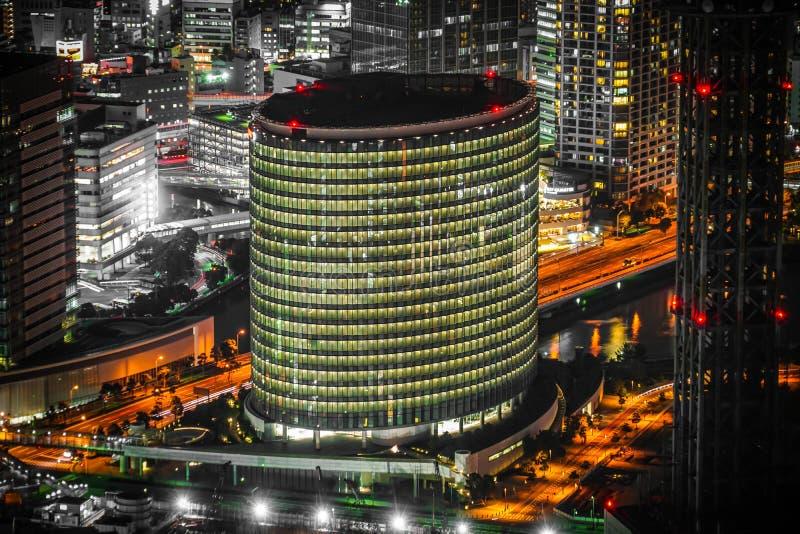 Ночной вид из башни Landmark Fuji Xerox стоковые изображения