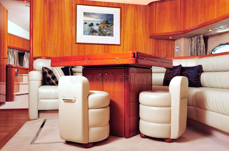 нутряная роскошная яхта стоковые изображения