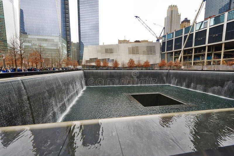 Нью-Йорк 9/11 мемориалов на эпицентре всемирного торгового центра стоковые изображения