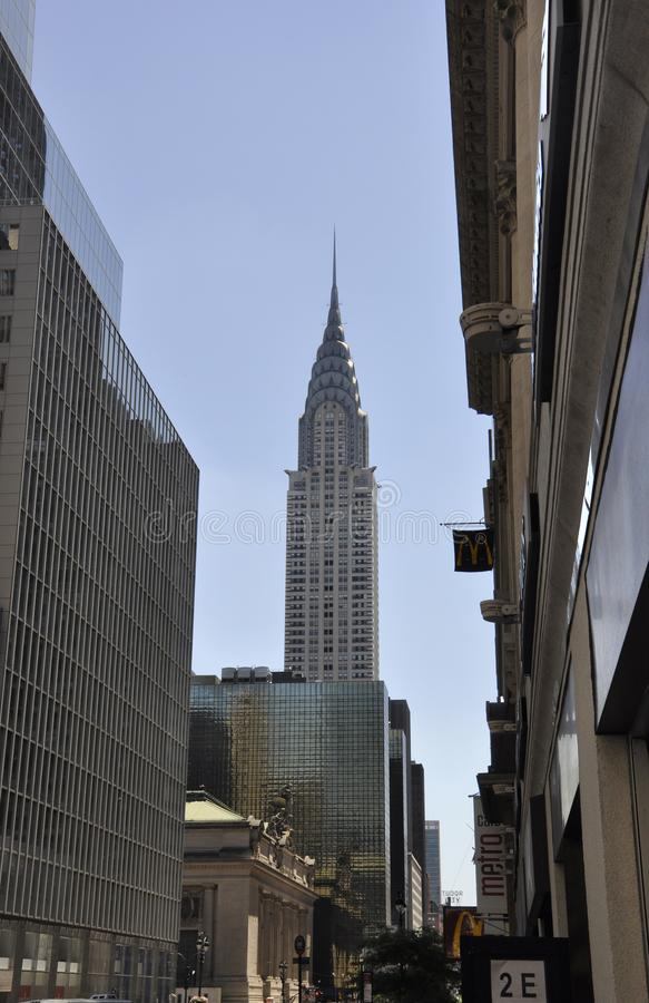 Нью-Йорк, 2-ое июля: Башня Crysler в центре города Манхаттане от Нью-Йорка в Соединенных Штатах стоковое изображение rf