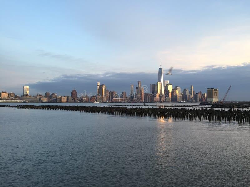 Нью-Йорк от Hoboken, NJ стоковая фотография