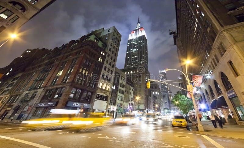 НЬЮ-ЙОРК - Пятый авеню стоковые фото