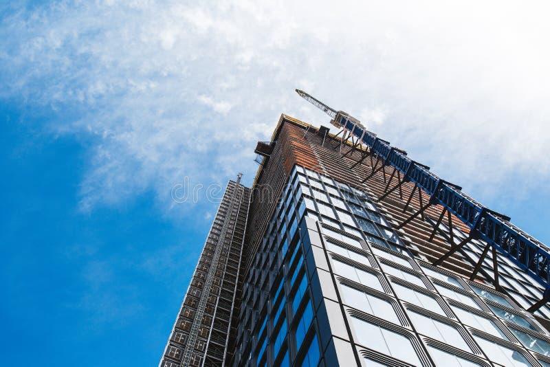 НЬЮ-ЙОРК, США - 22-ОЕ ИЮНЯ 2017: Бесконечные корпоративные здания, центр города Манхаттан, Нью-Йорк, Соединенные Штаты стоковое фото