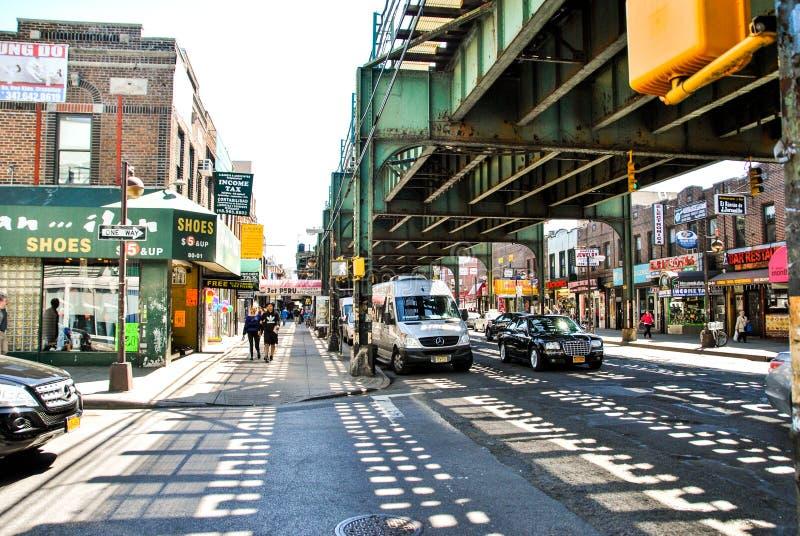 Нью-Йорк, США, 3-ье мая 2013 Образ жизни в районах Нью-Йорка стоковые фото