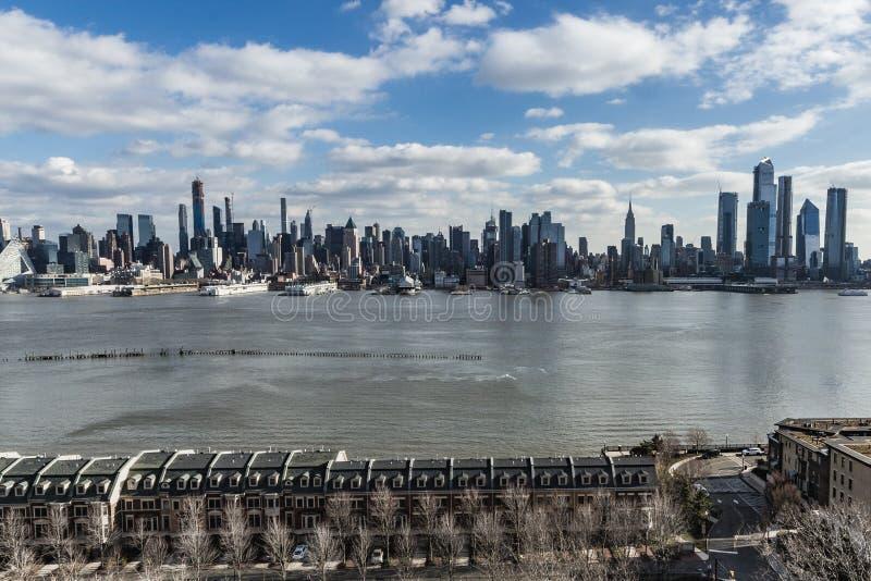 Нью-Йорк, NY/объединенный Государство-декабрь 26, 2018 - взгляд westside центра города Манхэттена стоковая фотография rf
