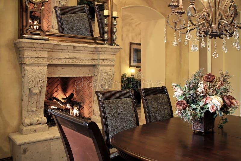 обедать домашняя самомоднейшая комната стоковое изображение rf