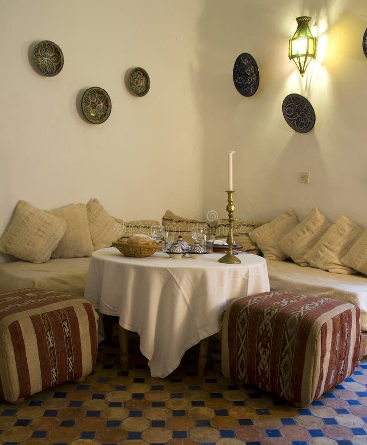 обедать комната Марокко стоковое фото rf