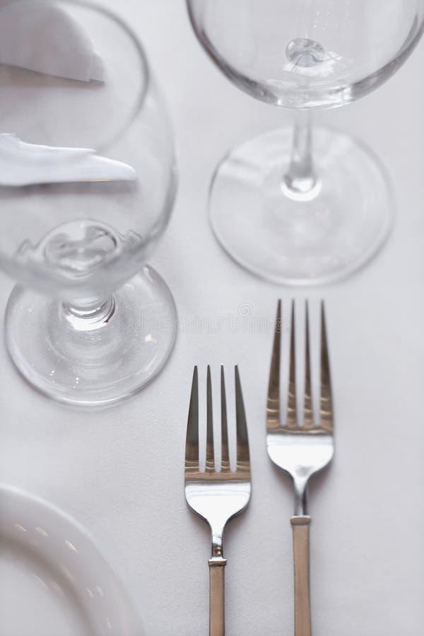 обедать таблица вилок стоковые фото