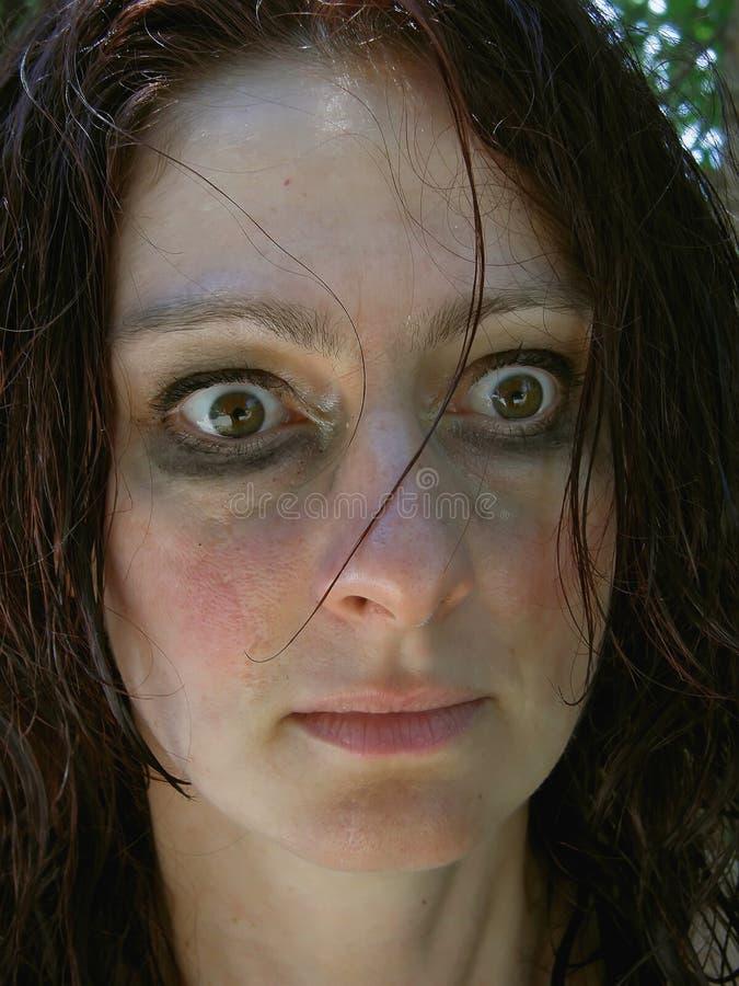 обезумевшая женщина стоковые фото