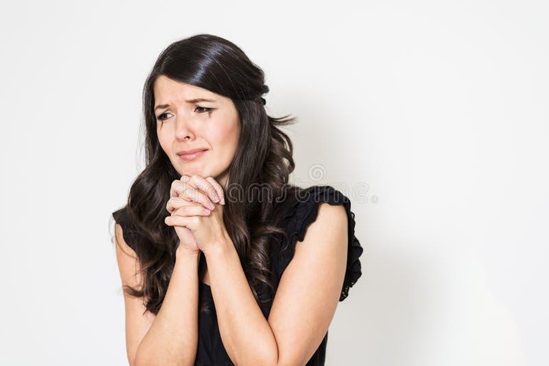 Обезумевшая печальная молодая женщина стоковое изображение rf